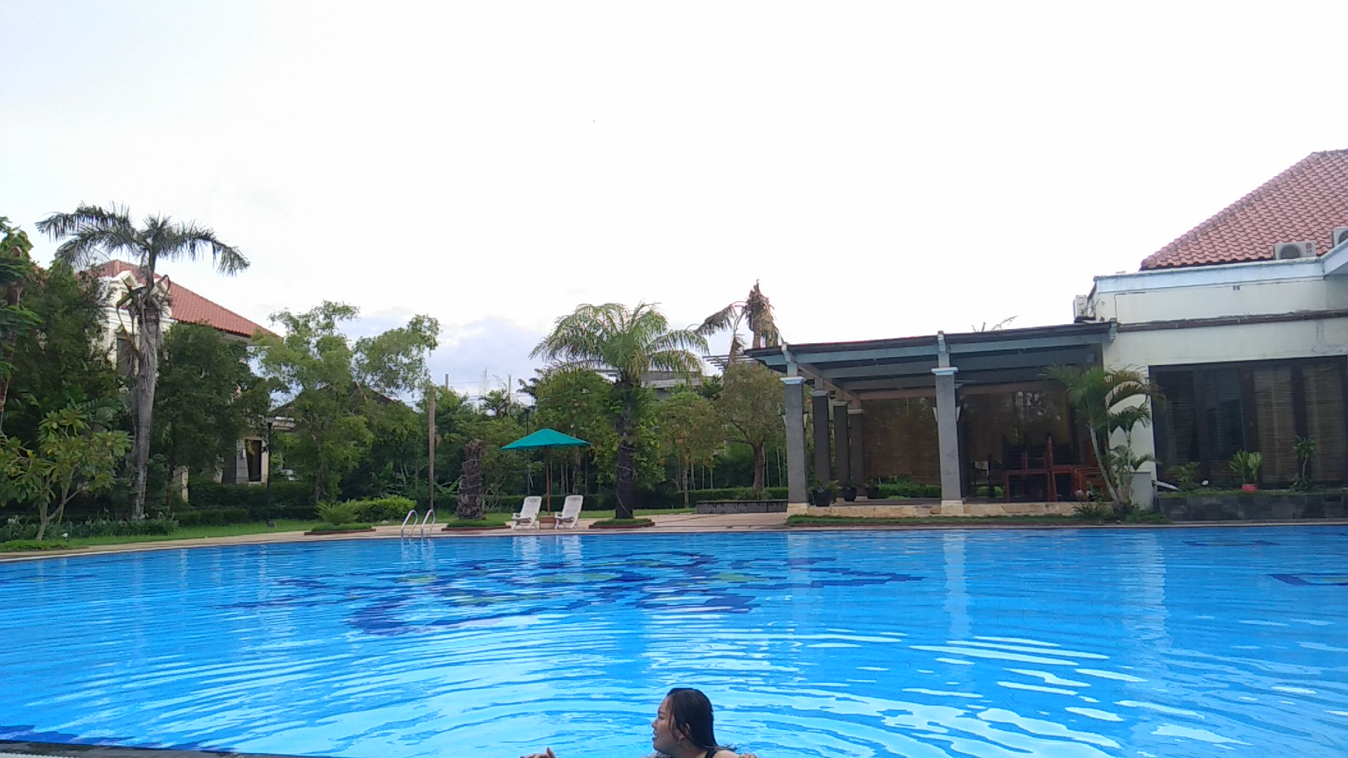 Dian Istana Swimming Pool