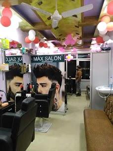 Max Salon Professional