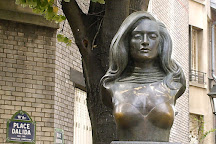 Dalida Statue, Paris, France