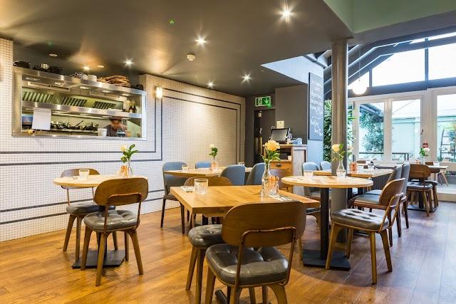 Morrison Bar & Lounge