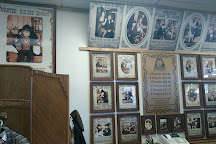 Old Tyme Portraits By Treadway, Pigeon Forge, United States