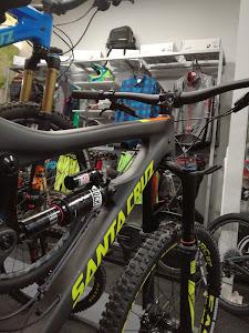 Santa Cruz Bicycles 1