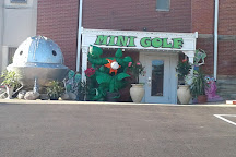 Alien Vacation Mini Golf Attraction, Medina, United States