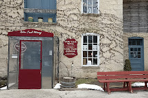 Cedar Creek Winery, Cedarburg, United States