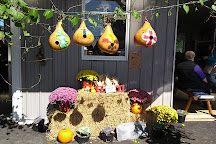 Smucker's Gourd Farm, Kinzers, United States