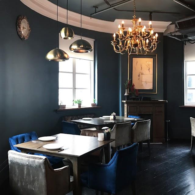 Circa 1913 Restaurant & Bar