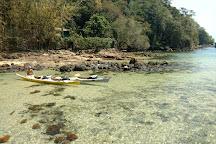 Kayak Ilha Grande, Vila do Abraao, Brazil