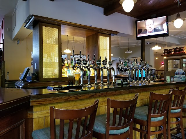 Casey's Bar & Bistro