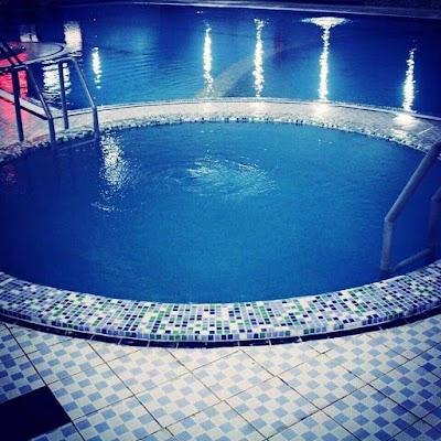 مجتمع ورزشی و تفرحیی شناوران Swimmers