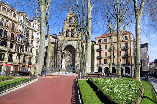 The Best Attractions In Bilbao Destimap Destinations On Map