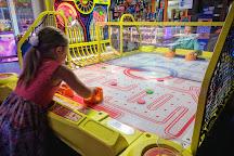 Flippers Family Arcade, Cheyenne, United States