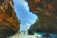 Suluban Beach, Pecatu, Indonesia