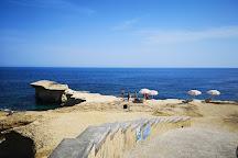 Ghar Qawqla Bay, Marsalforn, Malta