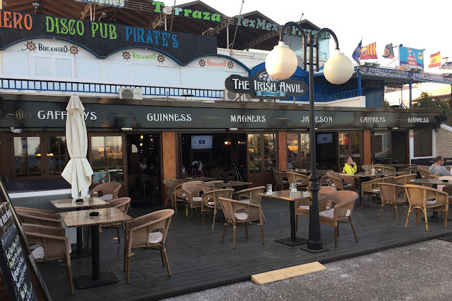 Visit The Irish Anvil Bar On Your Trip To Playa Blanca Or Spain