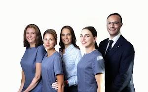 All Smiles Dental Implant Centre