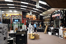 Guitar Center, Los Angeles, United States