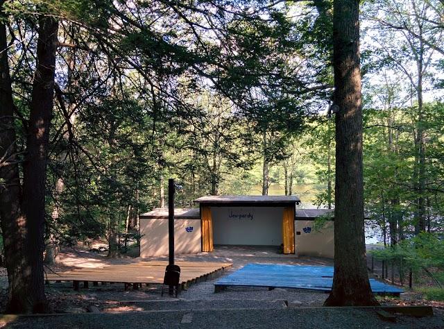 Golden Slipper Camp
