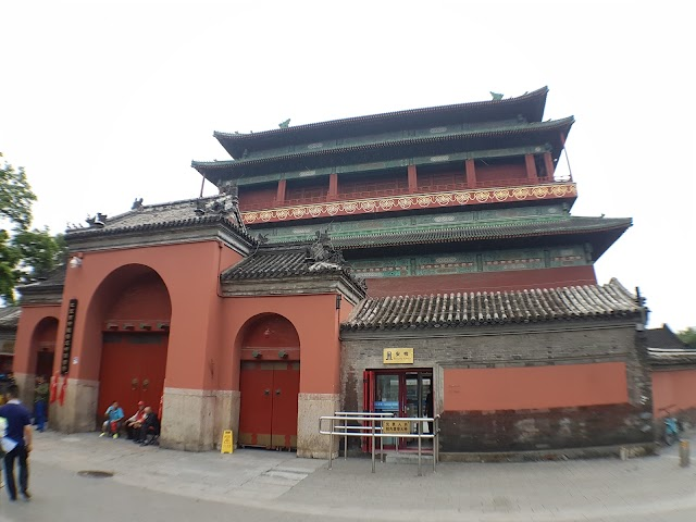Bell Tower and Drum Tower Culture Square