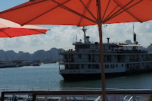 Rosa Cruise, Halong Bay, Vietnam