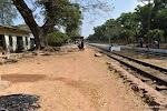Pathein Railway Station на фото Бассейна