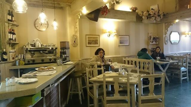 Puerto Café