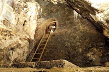 Jeskyne Vypustek, Krtiny, Czech Republic