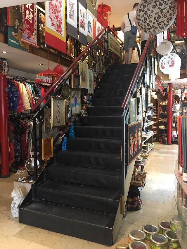 Oriente Store - Wang sas di Lin Lichan