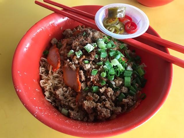林玉梅 Sarawak Laksa & Kolo Mee