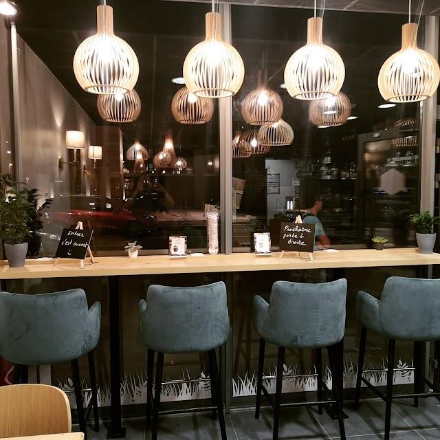 Aaron's Cafe