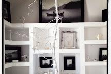 Mnemossyne Gallery, Oia, Greece