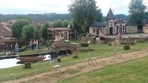 Hier un Village