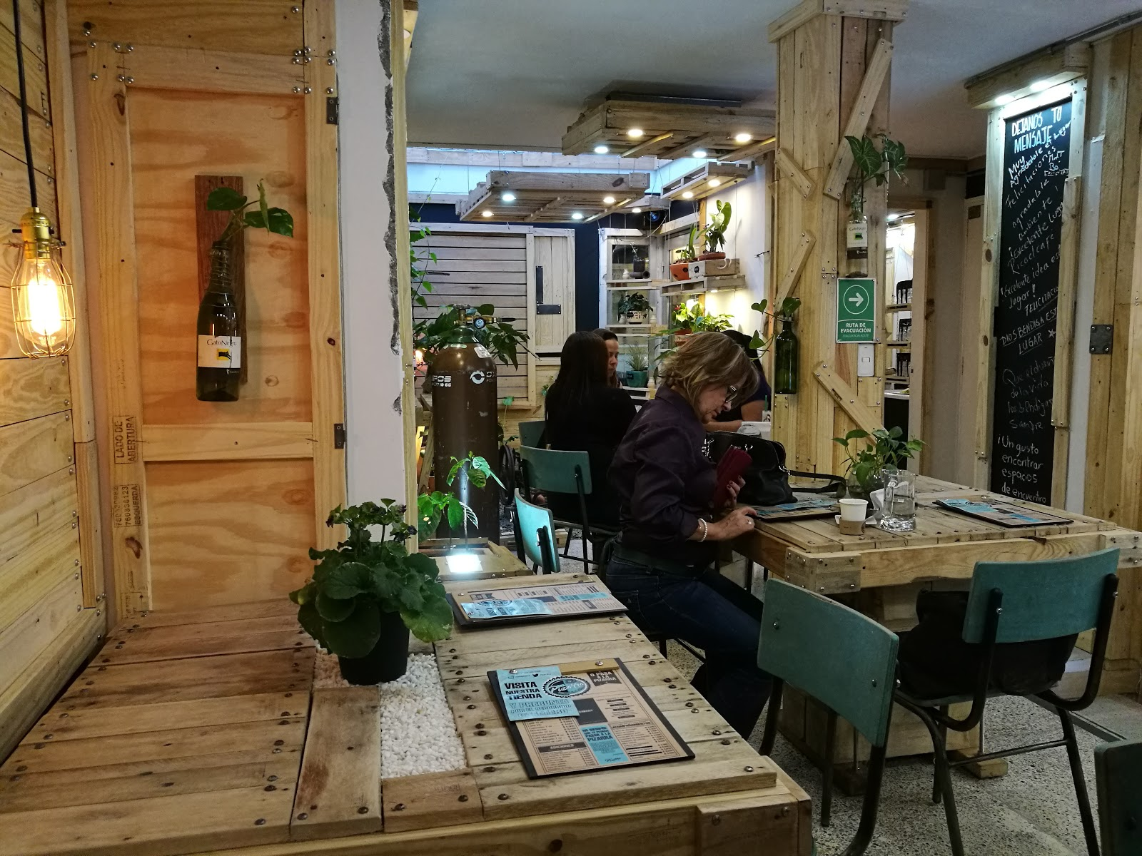La Pizarra Café: A Work-Friendly Place in Medellin