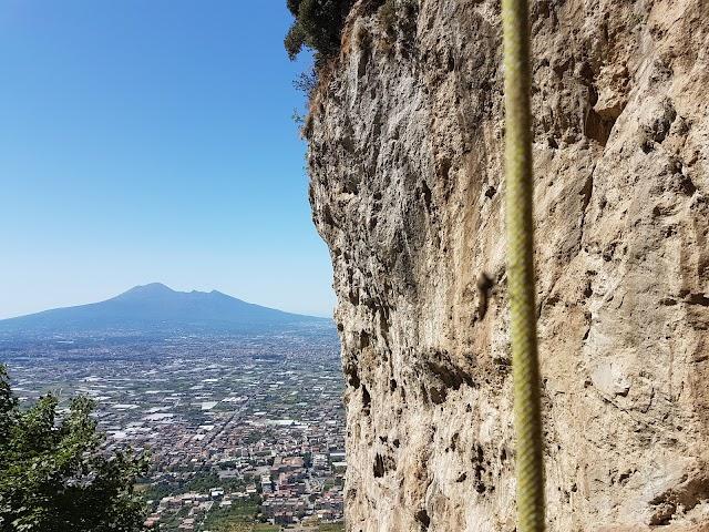 Falesia Di Lettere - Climbing In Napoli