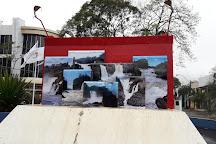 Monumento de los 7 Saltos, Salto del Guaira, Paraguay