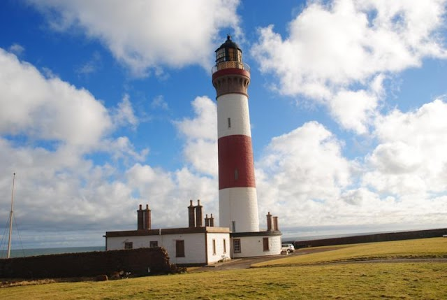 Buchanness Lighthouse Holidays