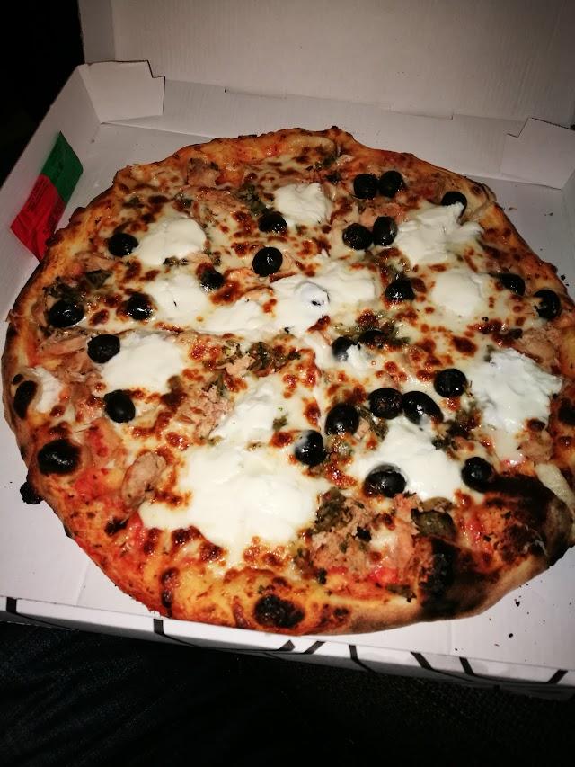 Zarenne Pizza