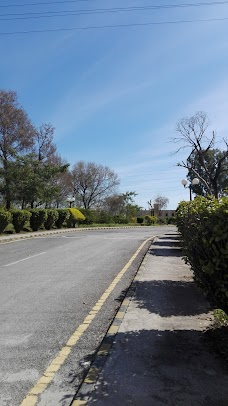Hotel Margalla Parking Lot