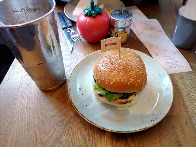 Gourmet Burger Kitchen (GBK)