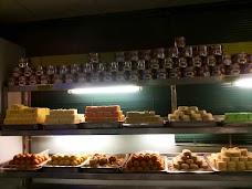 Paradise Bakery karachi Abul Hasan Isphahani Rd