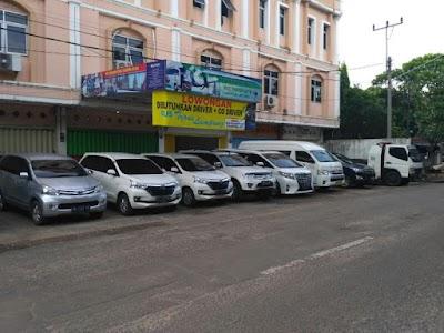 Sewa Mobil Dan Bus Ternate Pelitacar