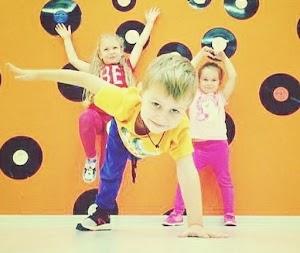 Хип Хоп, Шаффл, Брейк для детей и их родителей. YOURDANCING - твоя студия танцев!