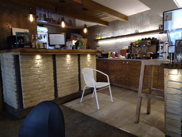 Cafe Plaque 2