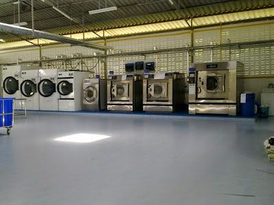 LAUNDRY SYSTEM จัดจำหน่ายเครื่องซักอบรีด อุตสาหกรรม