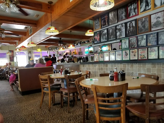 Mel's Waffle House