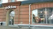 Adidas, Пушкинская улица на фото Ижевска