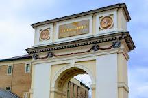 Triumphal Arch, Vac, Hungary
