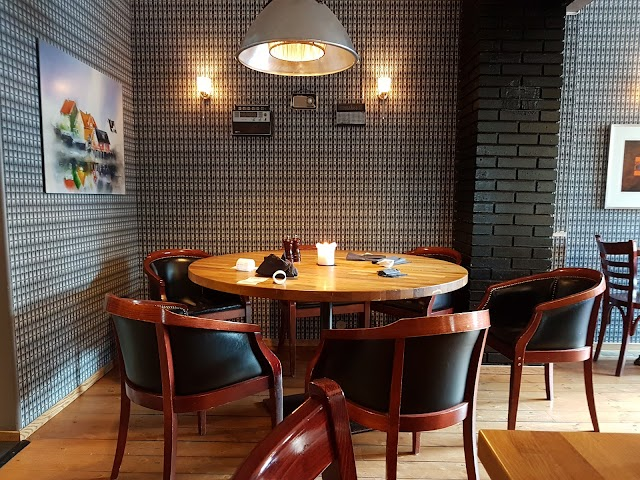 Bardus Bistro & Bar
