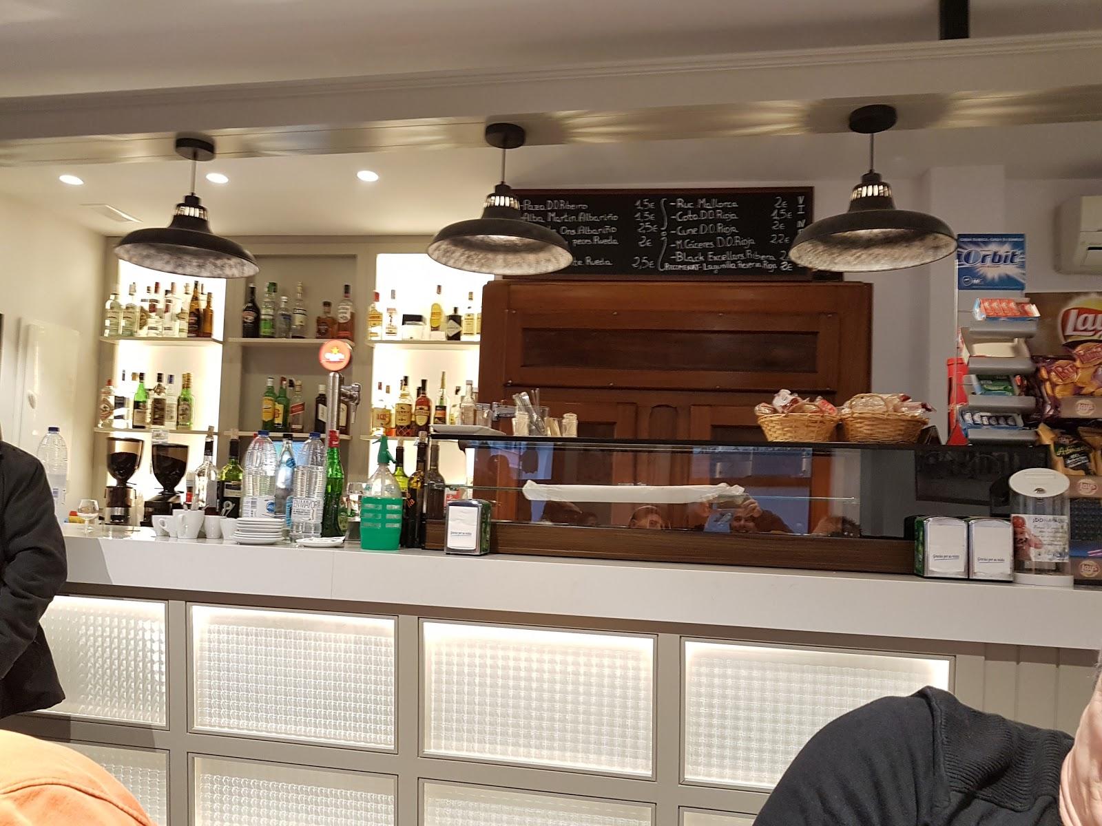 Bar des Tren
