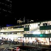 Автобусная станция   Bus terminal Shinjuku Tokyo