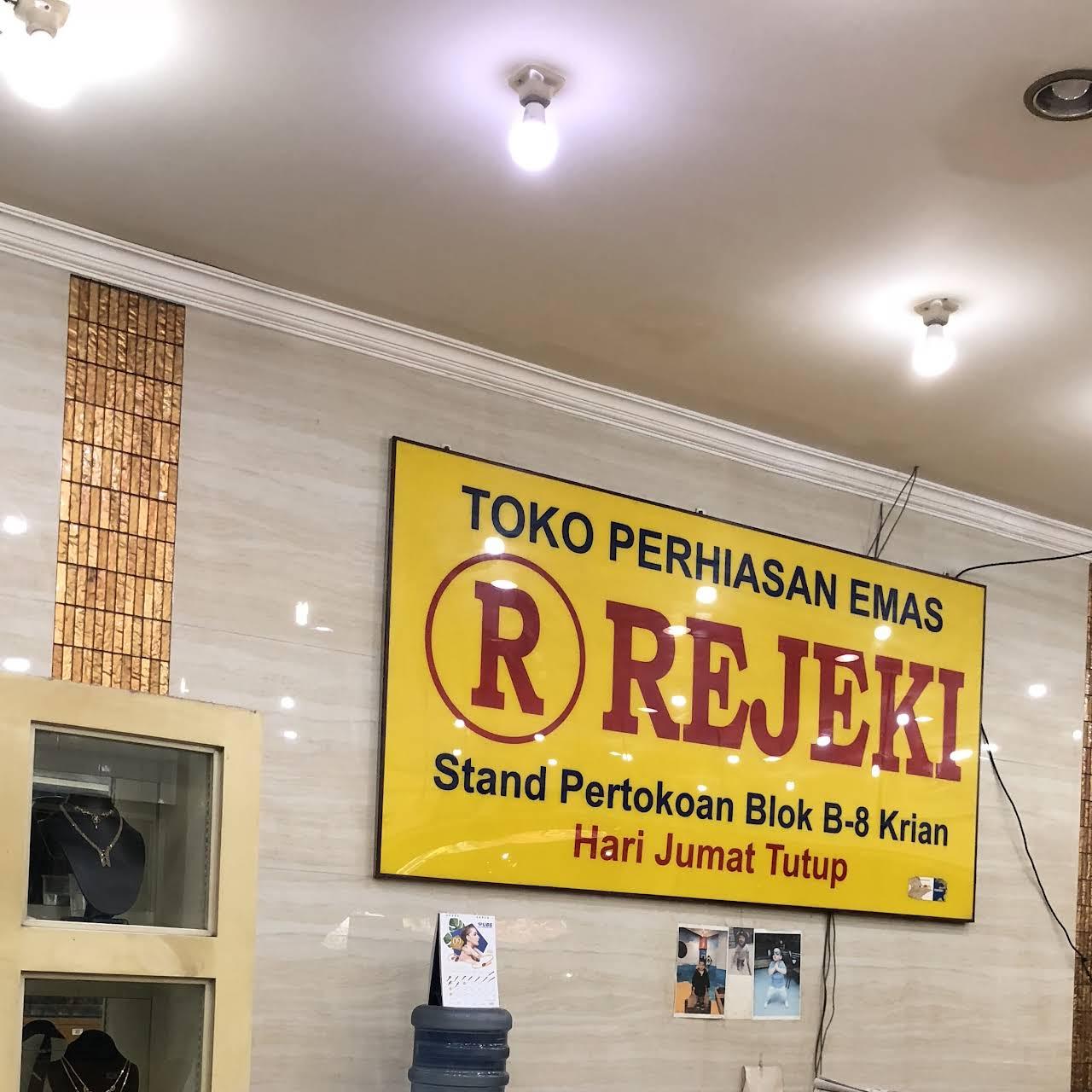 Desain Banner Toko Emas - desain spanduk keren